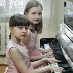 Лекомцева Ксения, Макушева Дарья и