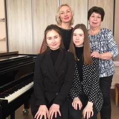 Татьяна Цыпушкина, Людмила Смелянская, Варвара Промышленникова, Вероника Галембо. и