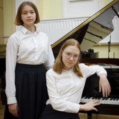 Губанова Ольга, Кульпина Лиза и