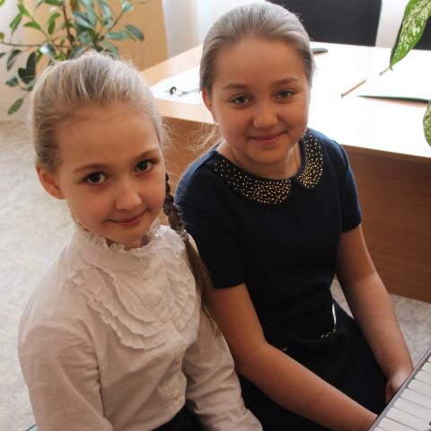 Слепокурова Таисия и Агафонова Анастасия
