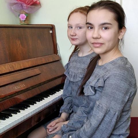 Галямутдинова Камилла, Папулова Анна