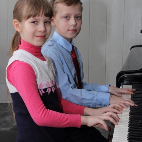 Шибанова Наташа и Ушаков Максим