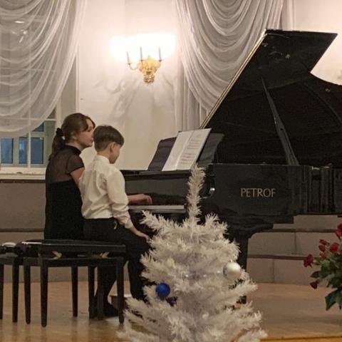 Борзунов Иван,Назипова Мария Александровна