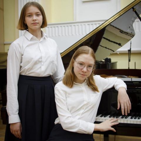 Губанова Ольга, Кульпина Лиза