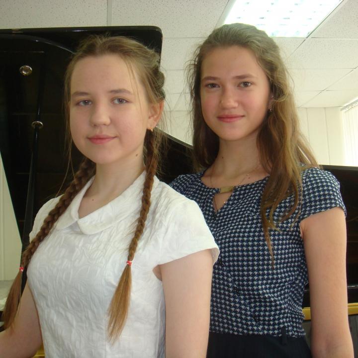Кропотова Александра и Лебедева Анна