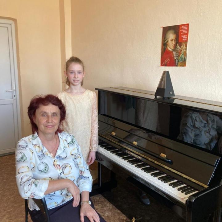 Осипова Елизавета, Мансурова Надежда Евгеньевна и